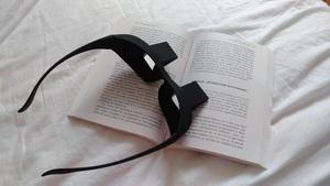 lunette pour lire allongé moncocondelecture